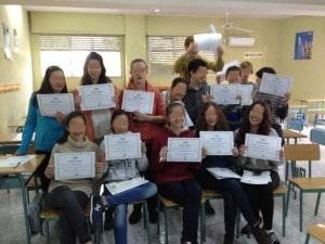 alumnos mediadores diplomas pixeladas