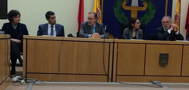 Nuestra compañera Carmen Yborra en la presentación del proyecto de mediación penal