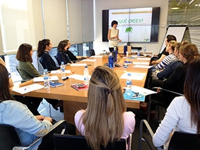 Taller de gestión de conflictos en Aktua Soluciones Financieras